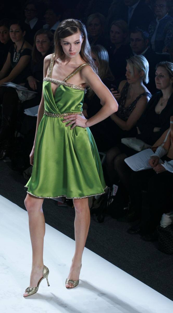 Pamella Roland Fall 2009